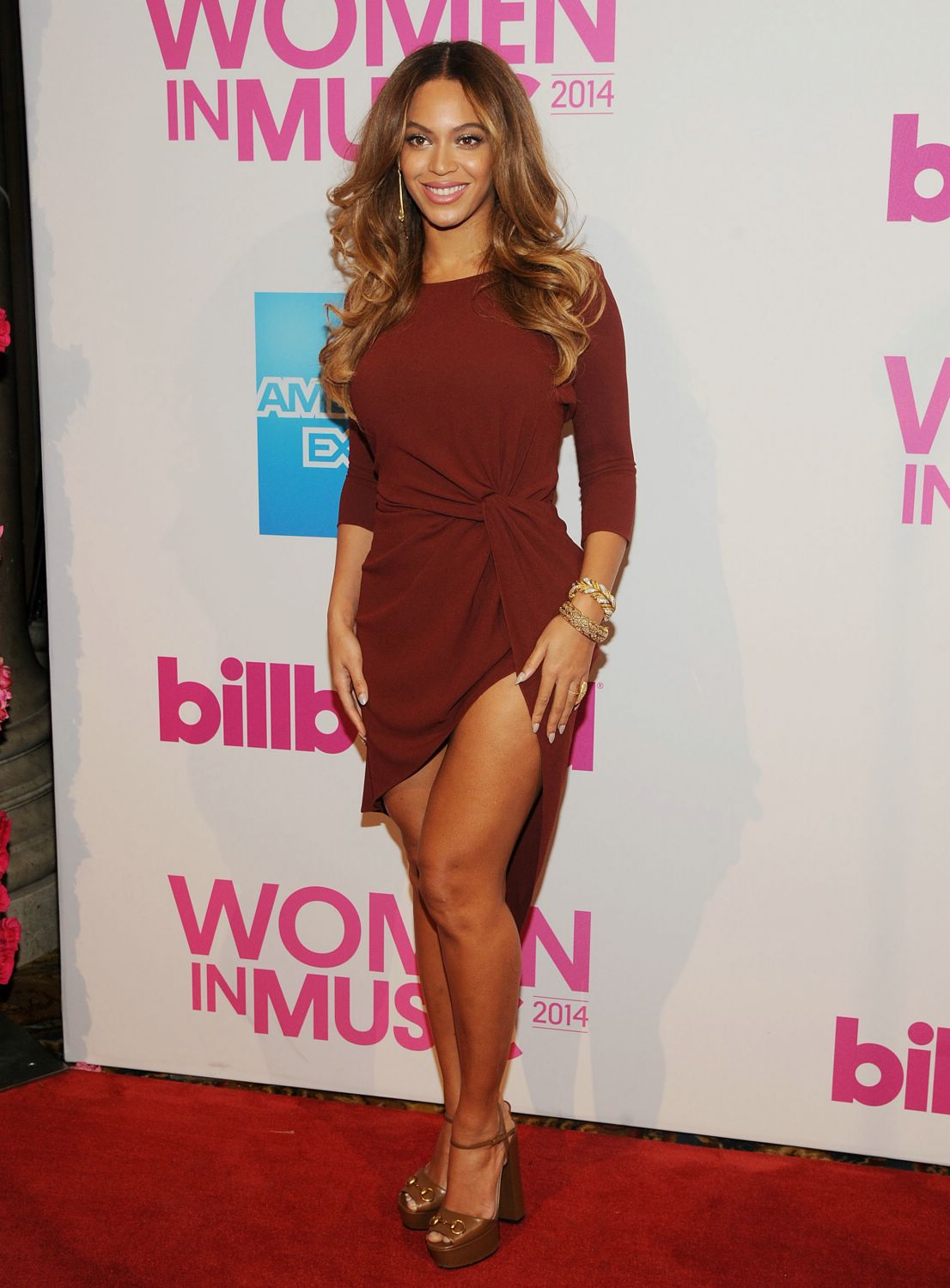 Beyonce-billboard--women-in-music-luncheon.jpg