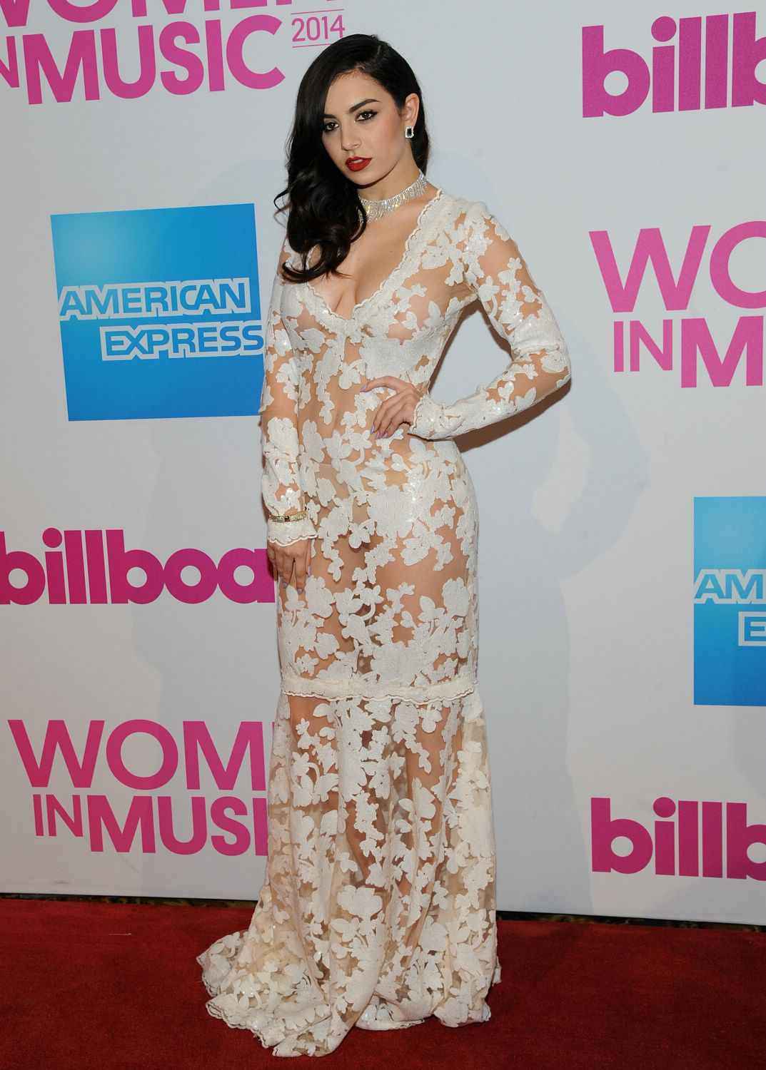 Charli-xcx-billboard-women-in-music-luncheon.jpg