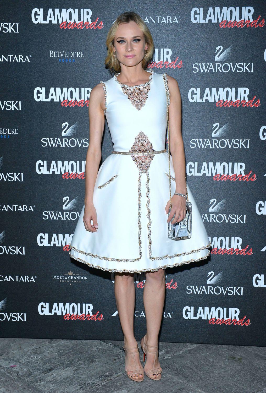 Diane-kruger-glamour-awards-dec-1101