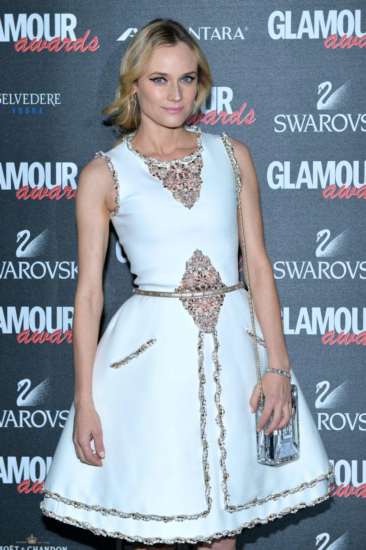 Diane-kruger-glamour-awards-dec-1102
