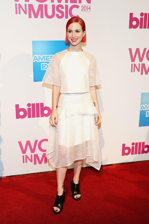 Hayley-williams-billboard-women-in-music-luncheon.jpg