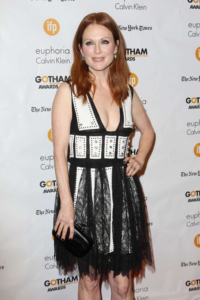 Julianne-Moore- gotham-independent-film-awards-in-nyc-2014