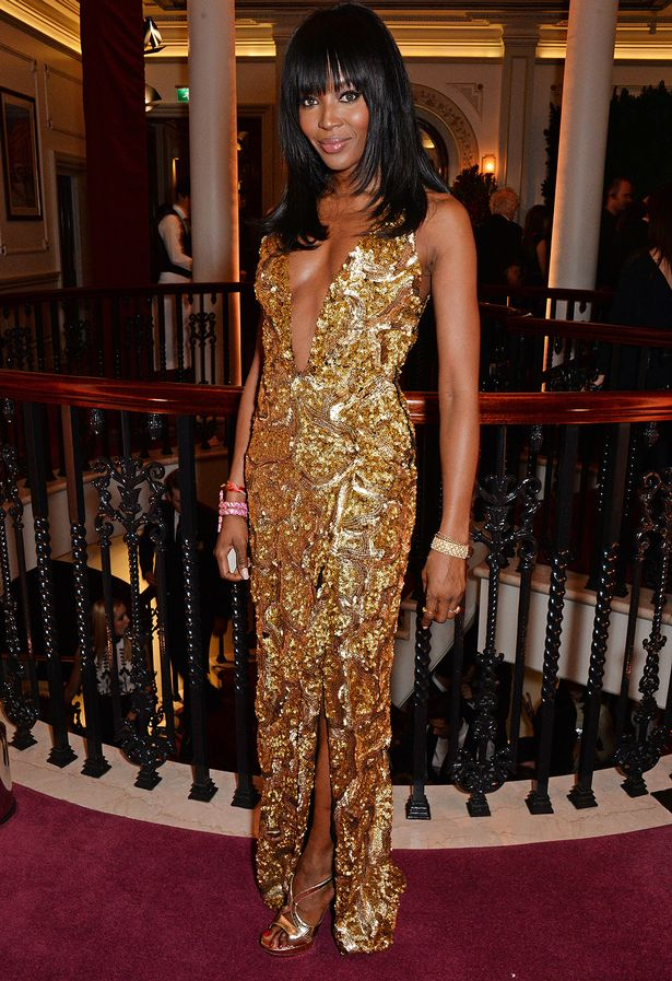 naomi-campbell-burberry-2014-london-evening-standard-theatre-awards/