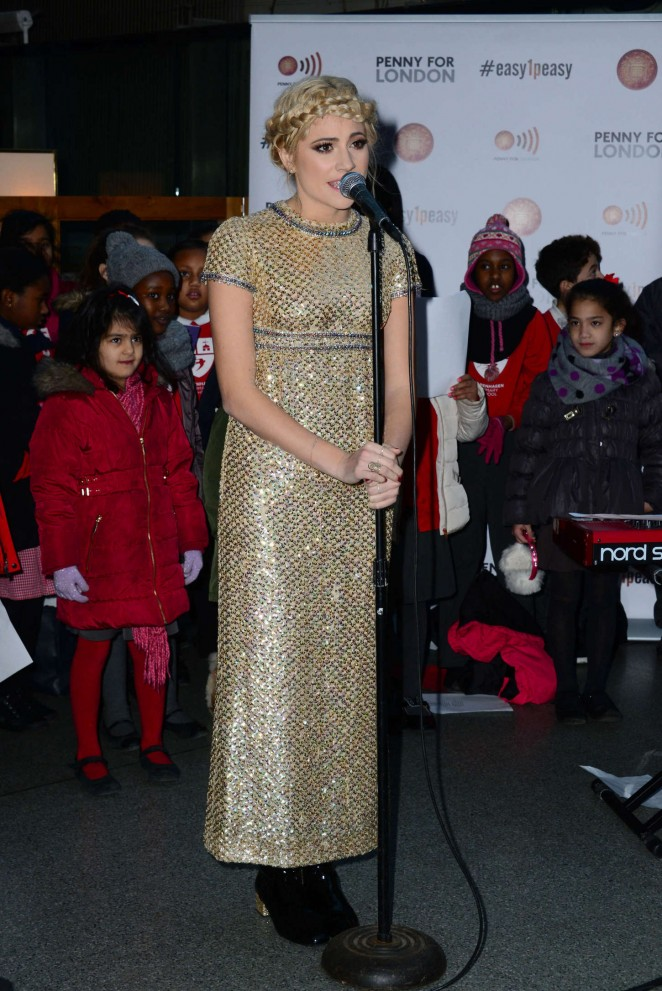 Pixie-Lott--Sings-Christmas-Carols-in-Support-of-Penny--03-662x991