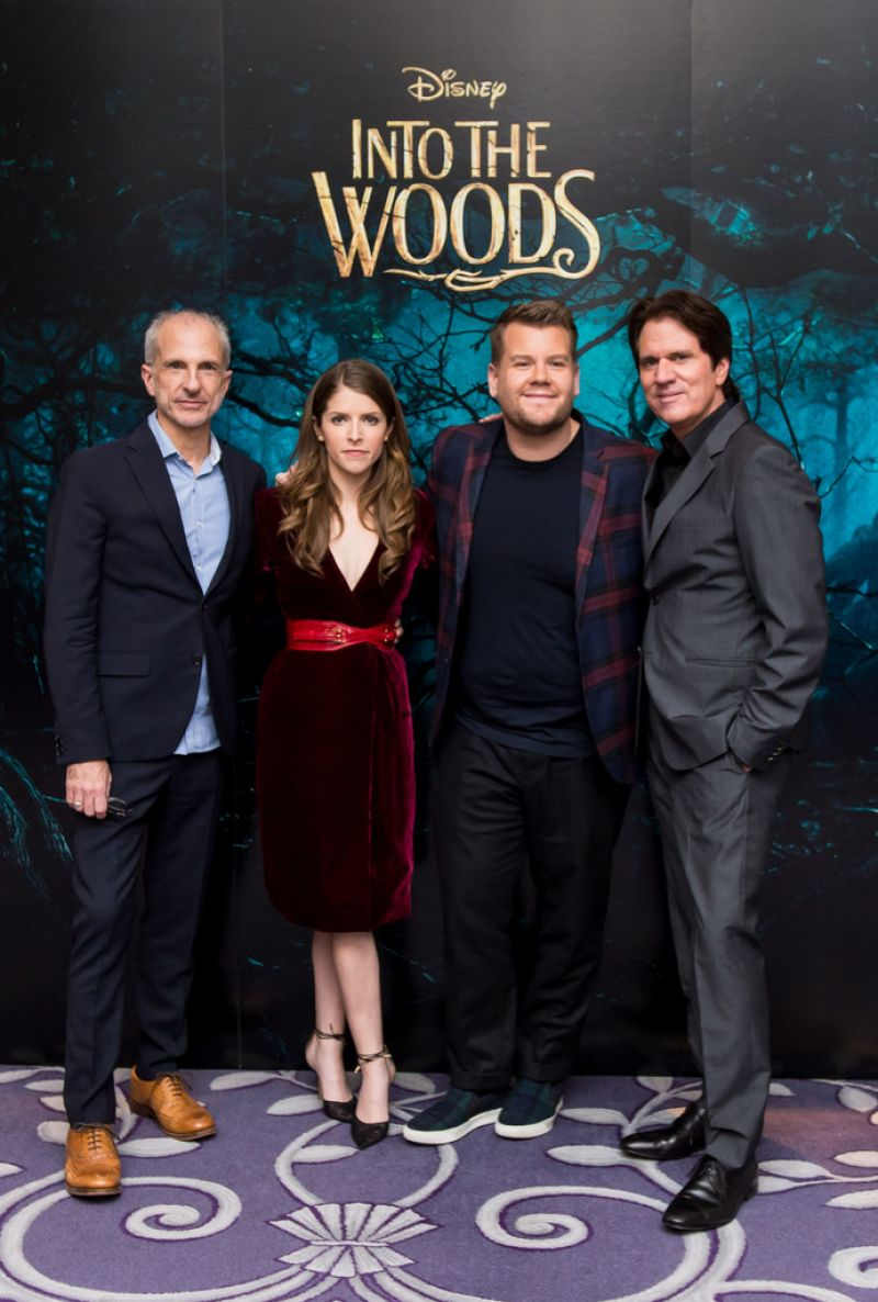 Anna -Kendrick- wears - Oscar- de- la Renta - 'Into- the -Woods'- London -Photocall
