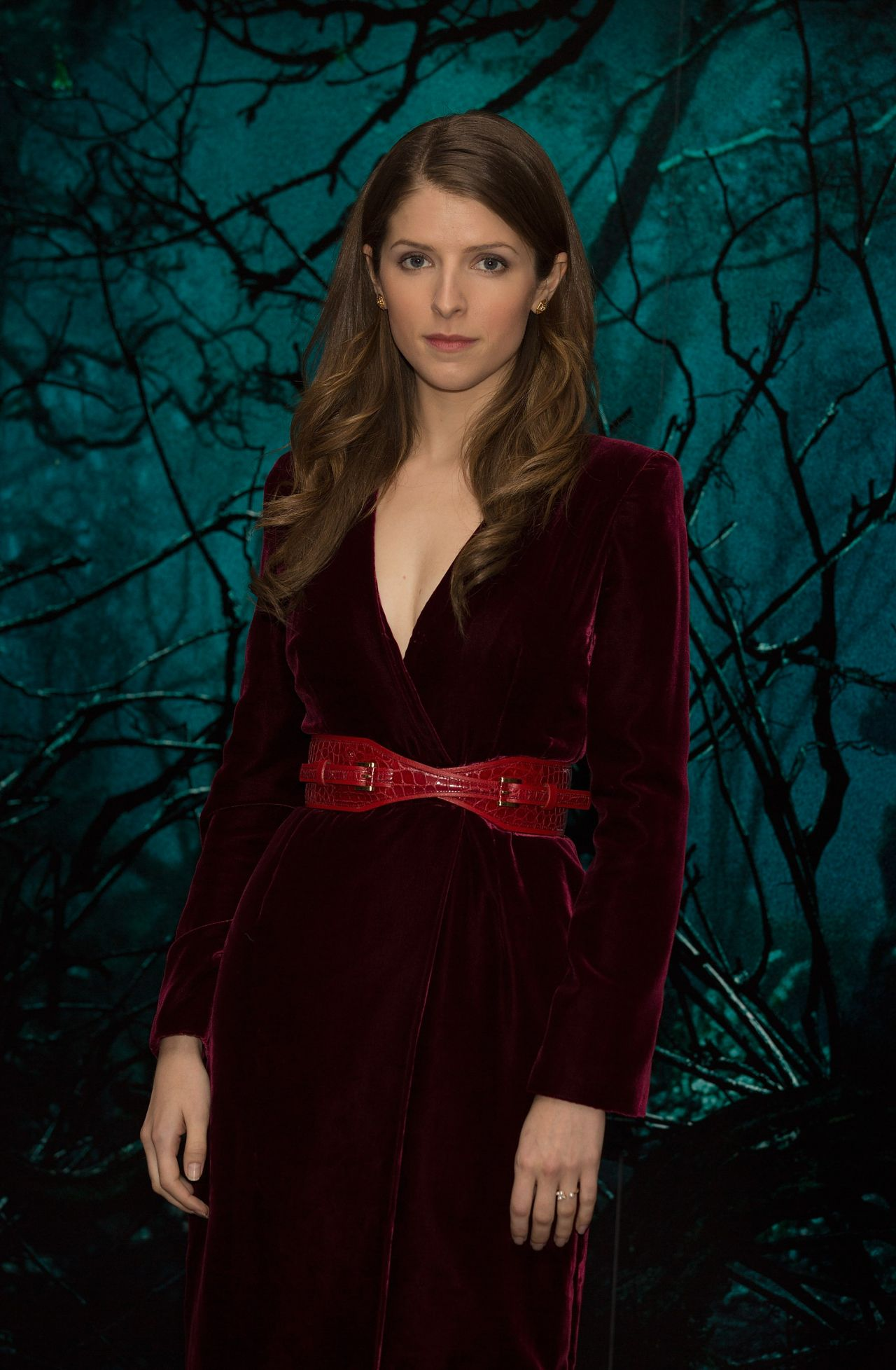 anna-kendrick-into-the-woods-photocall-in-london_2-1