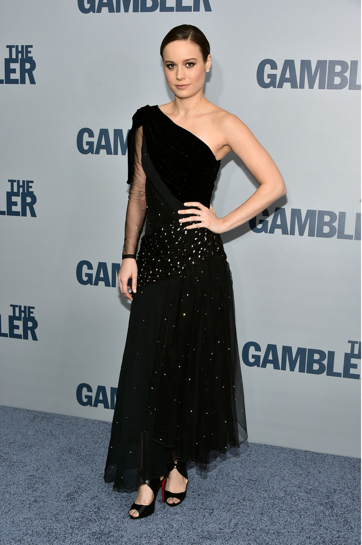 brie-larson-at-the-gambler-premiere-in-new-york_2