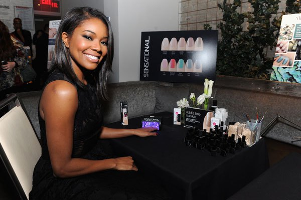 gabrielle-union-announces-new-partnership-with-sensationail-at-gansevoort-park-hotel-on-december-4-2014-in-new-york-city