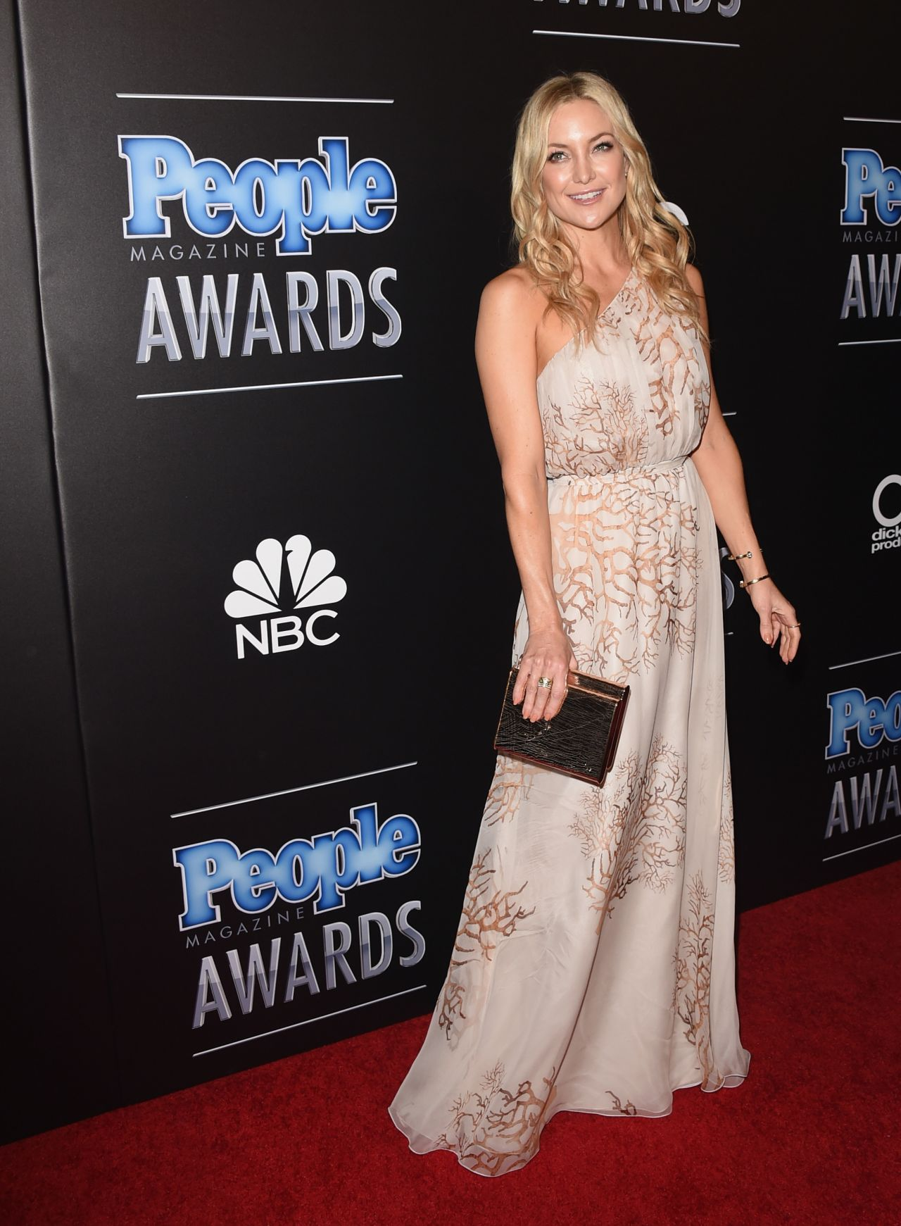 kate-hudson-valentino-people-magazine-awards