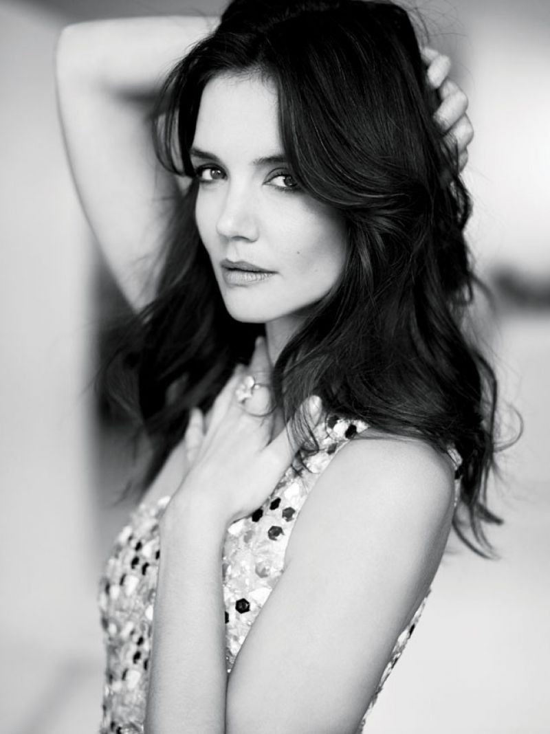 katie-holmes-elle-magazine-canada-february-2015-issue_3