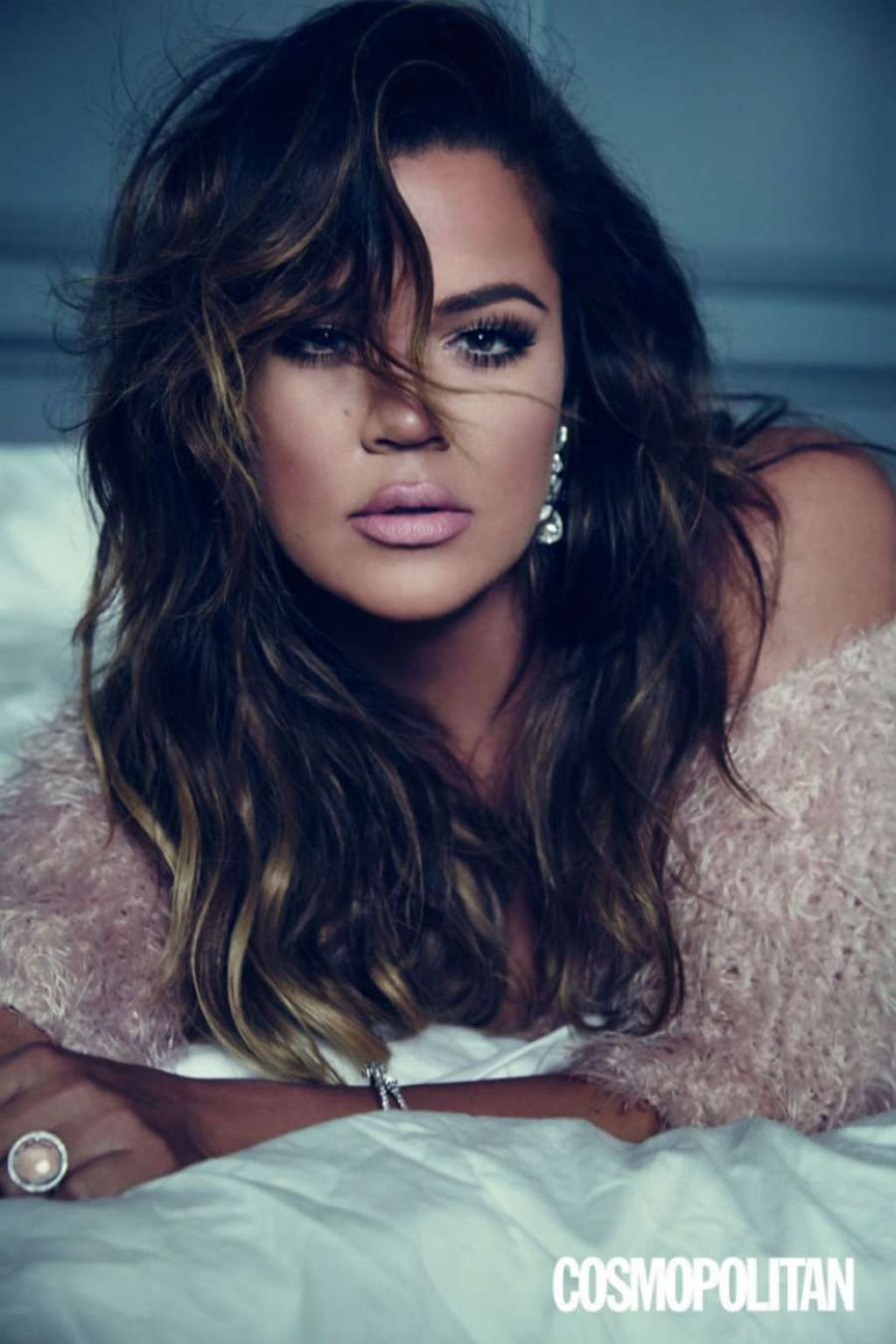 khloe-kardashian-cosmopolitan-magazine-uk-february-2015-issue_1