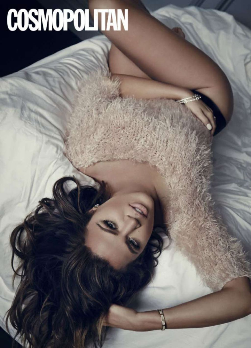 khloe-kardashian-cosmopolitan-magazine-uk-february-2015-issue_5