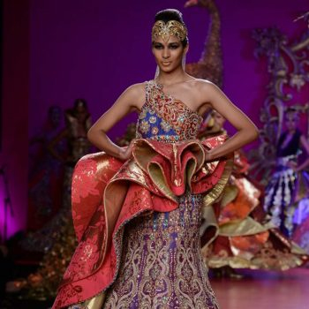 ritu-beri-collection-inspired-from-the-culture-of-punjab-at-pcj-delhi-couture-week-2013-rb37