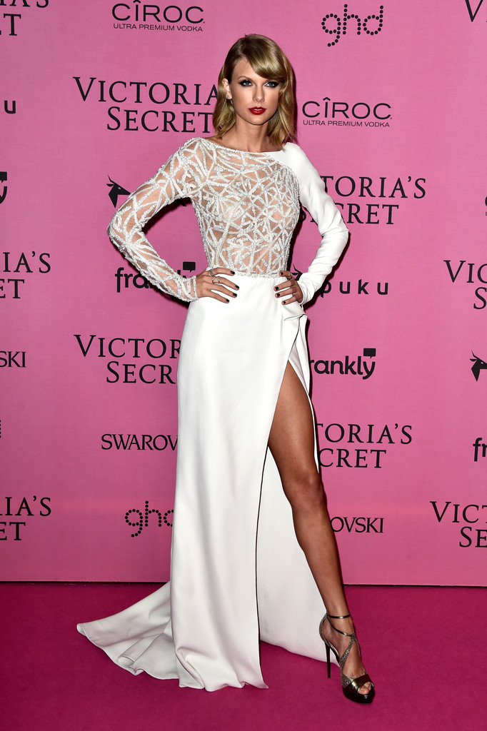 taylor-swift-Arrivals-Victoria-Secret-Fashion-Show-Afterparty-daKBFqIdYTOx