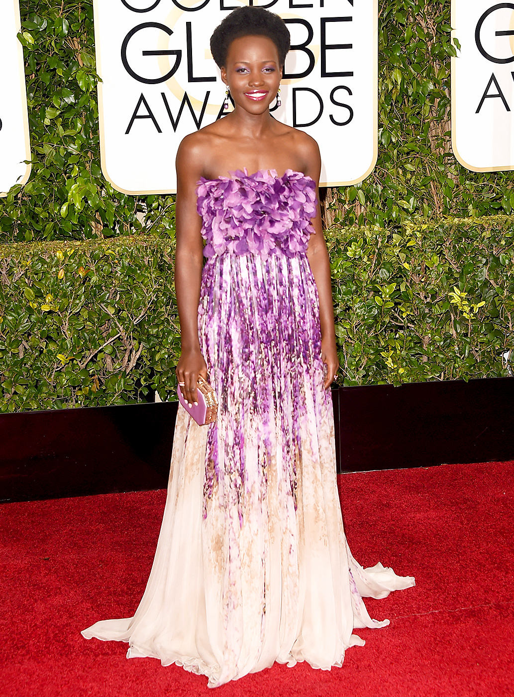 Lupita -Nyong- in -Giambattista -Valli- Couture -at -the- 72nd- Annual- Golden- Globe-Awards