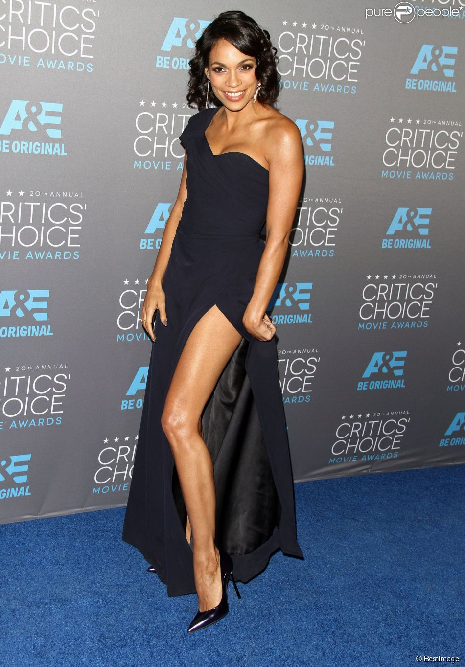 rosario-dawson-vivienne-westwood-2015-critics-choice-movie-awards