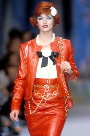 1992-ss-runway-fashion-Chanel-500×700