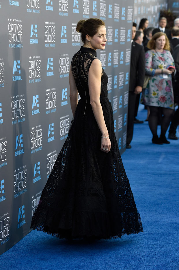 michelle-monaghan-elie-saab-2015-critics-choice-movie-awards