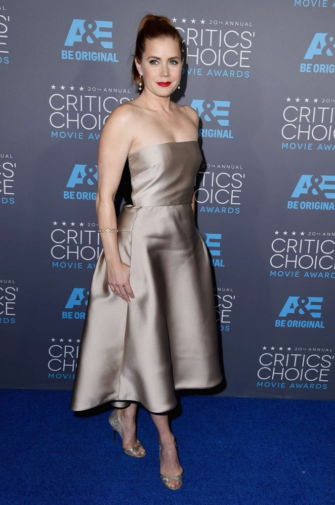 Amy-Adams-2015-Critics-Choice-Movie-Awards-11-662×996