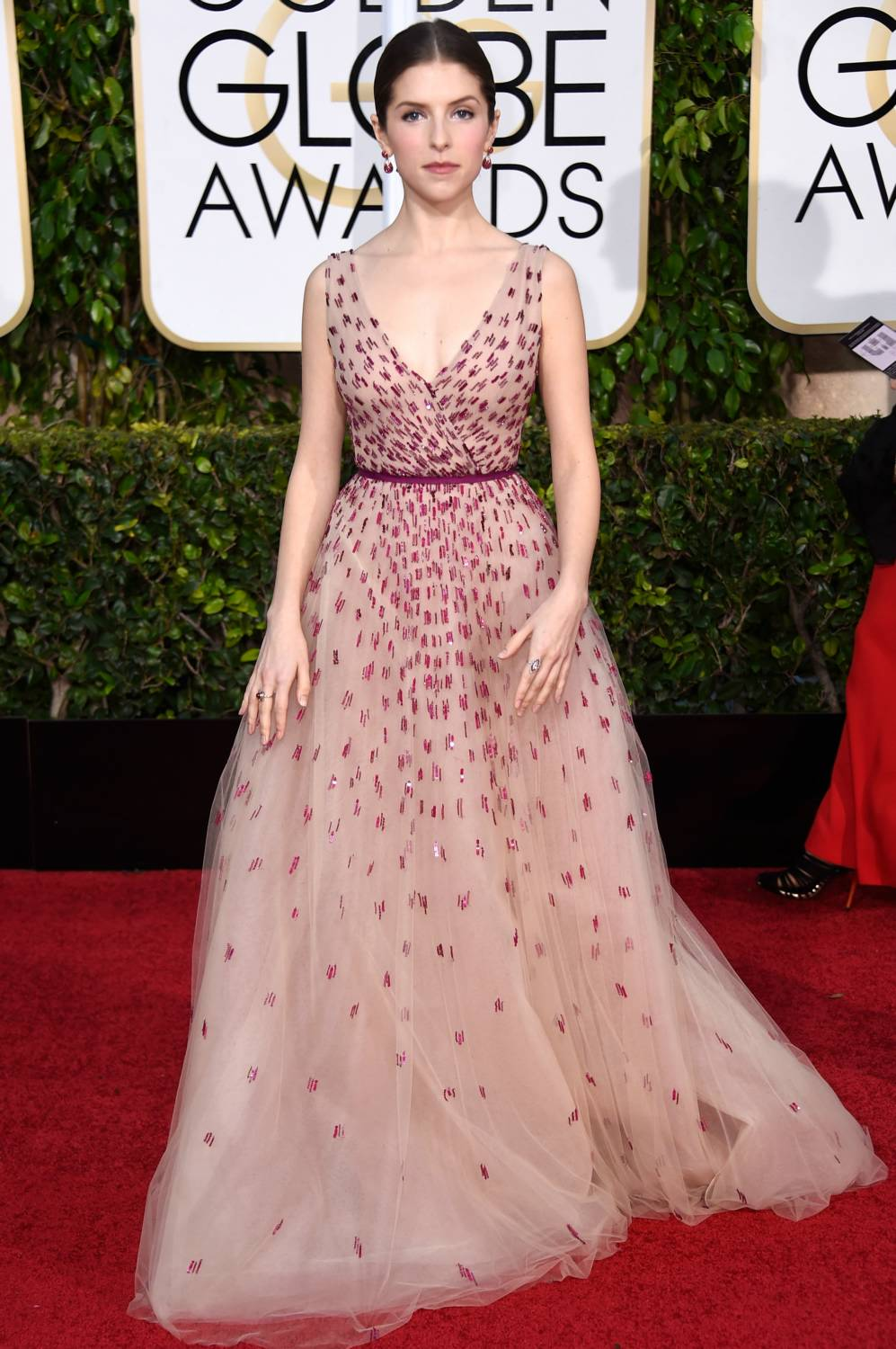 Anna -Kendrick - wears - Monique -Lhuillier -at- the- 72nd -Annual -Golden -Globe -Awards