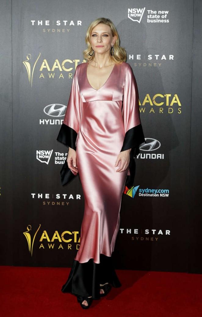 Cate-Blanchett-2015-AACTA-Awards-Ceremony-07-662×1040