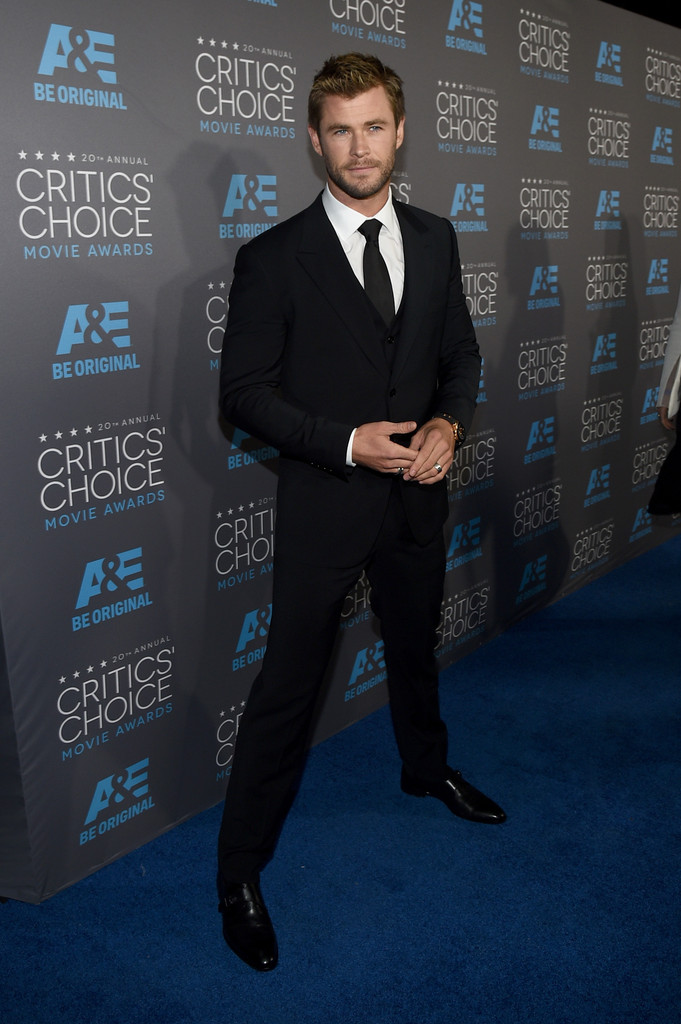Chris- Hemsworth-critics-choice-awards-2015