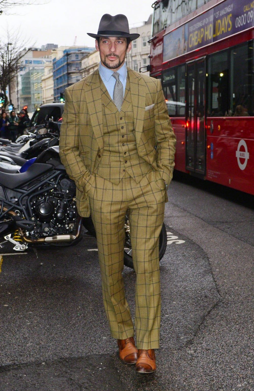 David-Gandy- at- Burberry- Prorsum - Men- Fall -2015 -show - London