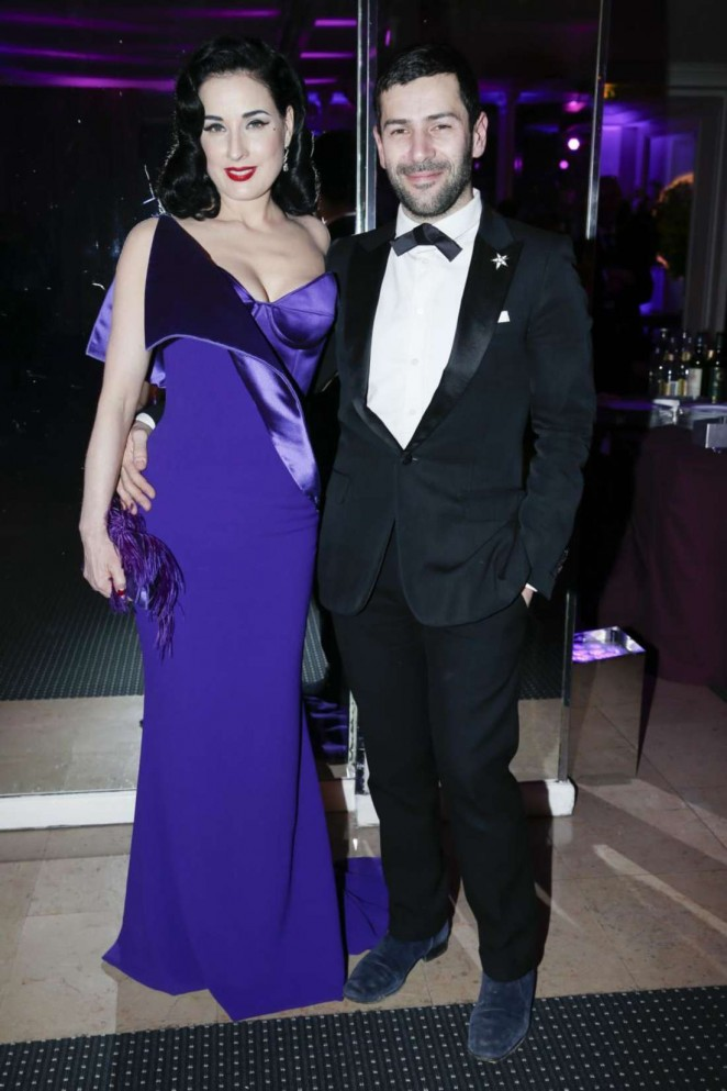 Dita-Von-Teese--Sidaction-Gala-Dinner-2015
