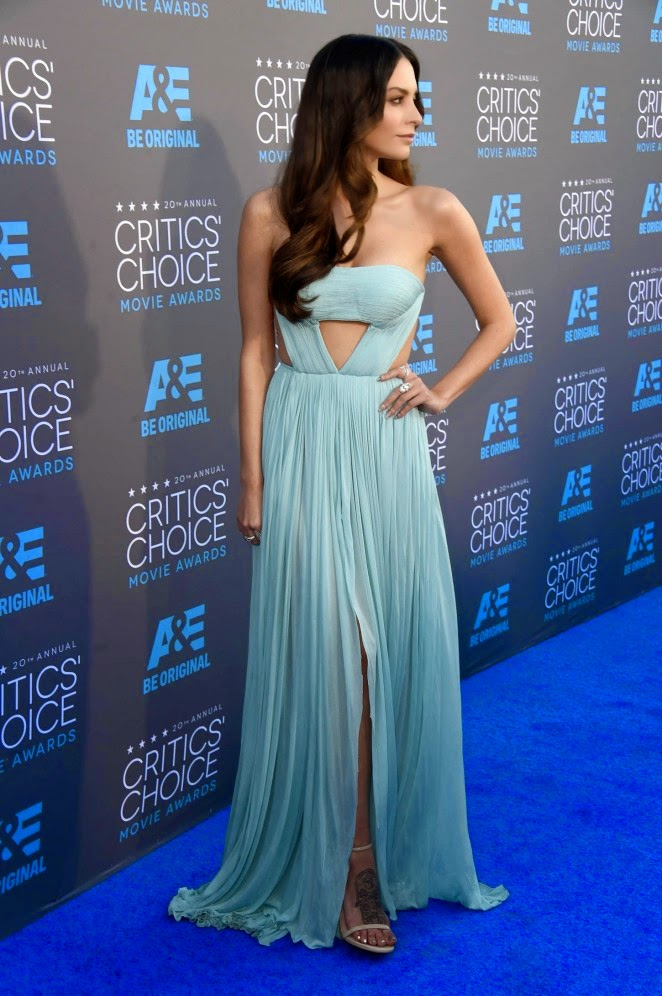Genesis-Rodriguez-2015-Critics-Choice-Movie-Awards-01