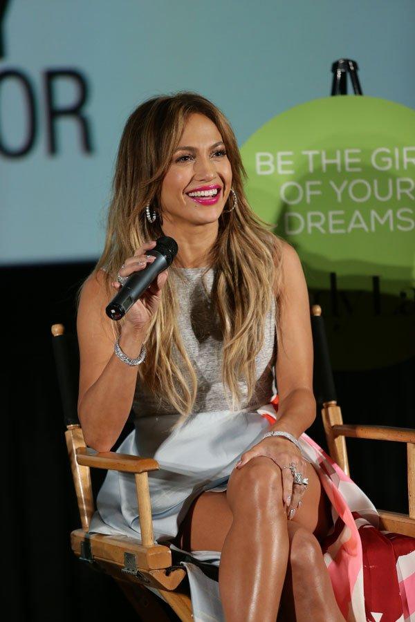 Jennifer-Lopez-The-Boy-Next-Door-Miami2