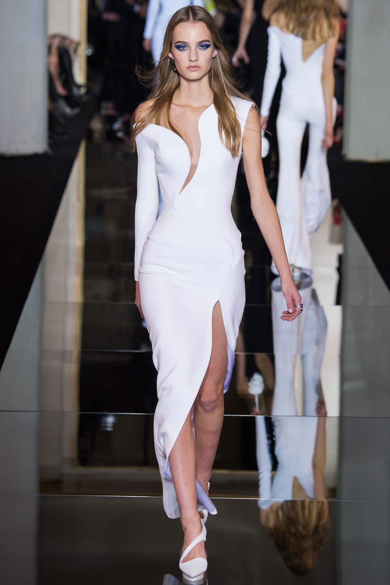 Atelier- Versace-Spring- 2015- Couture