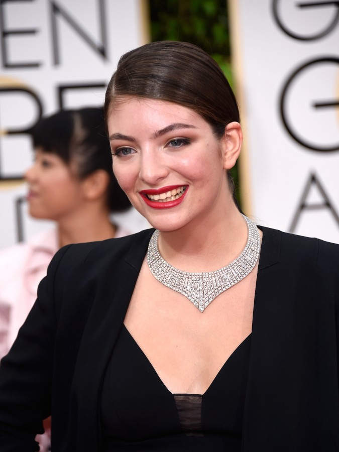 lorde-72nd-annual-golden-globe-awards-narciso-rodriguez