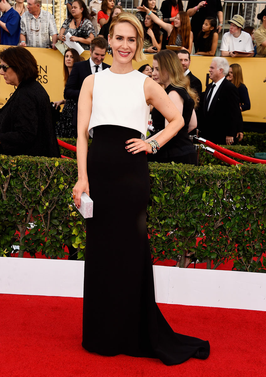 Sarah-Paulson-sag-awards-red-carpet-2015