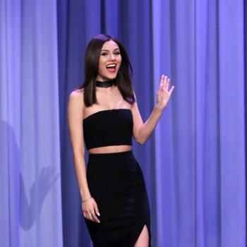 Victoria-Justice-The-Tonight-Show-Starring-Jimmy-Fallon-03