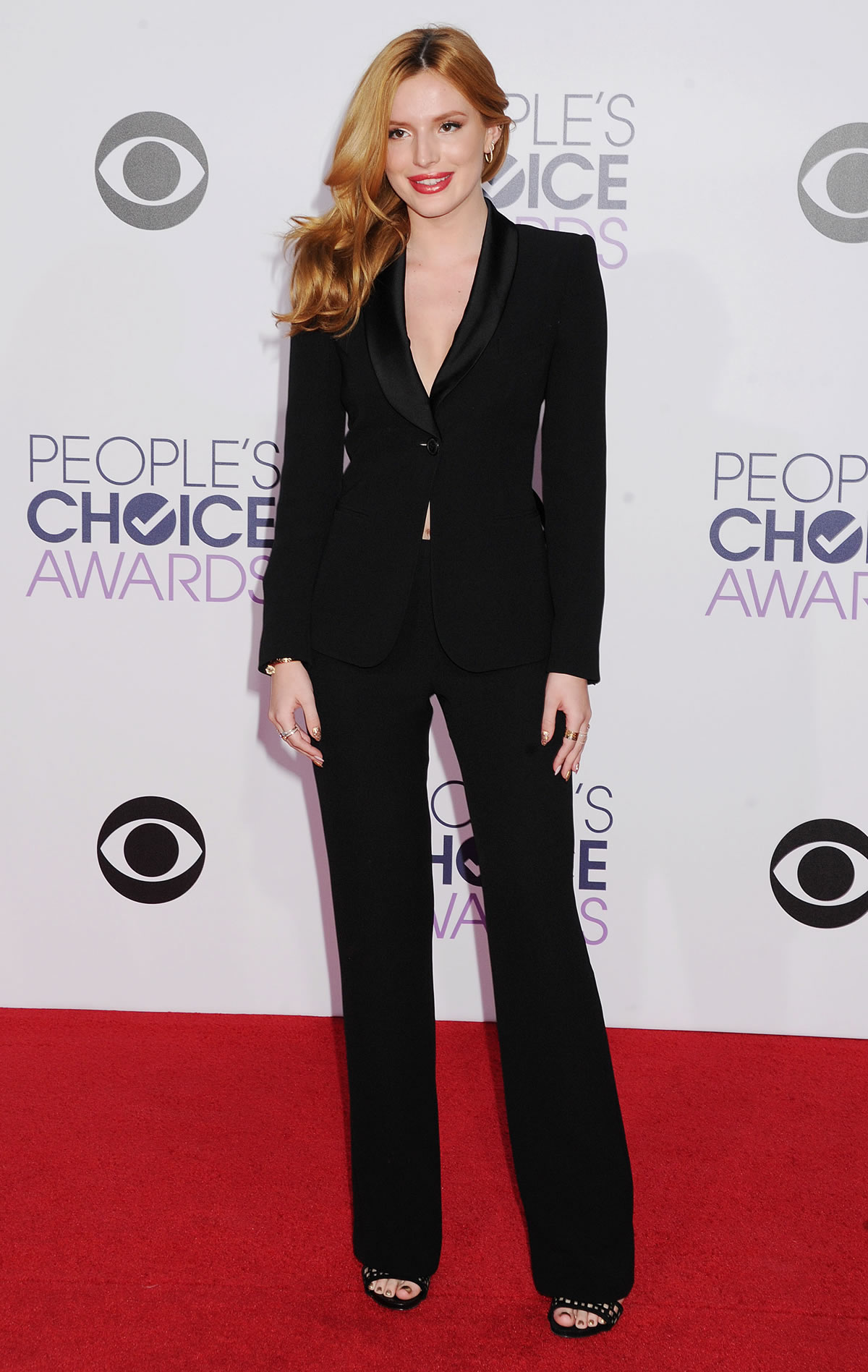 bella-thorne-giorgio-armani-2014-peoples-choice-awards