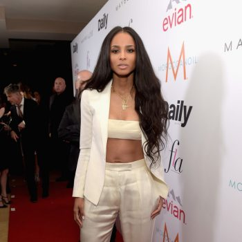 calvin-klein-Ciara-DAILY-FRONT-ROW-Fashion-Los-Angeles-N9eC1jnDDHxx-700×1000