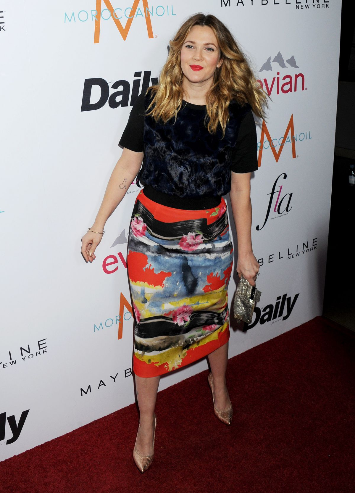 drew-barrymore-at-daily-front-row-fashion-los-angeles-awards-show_18