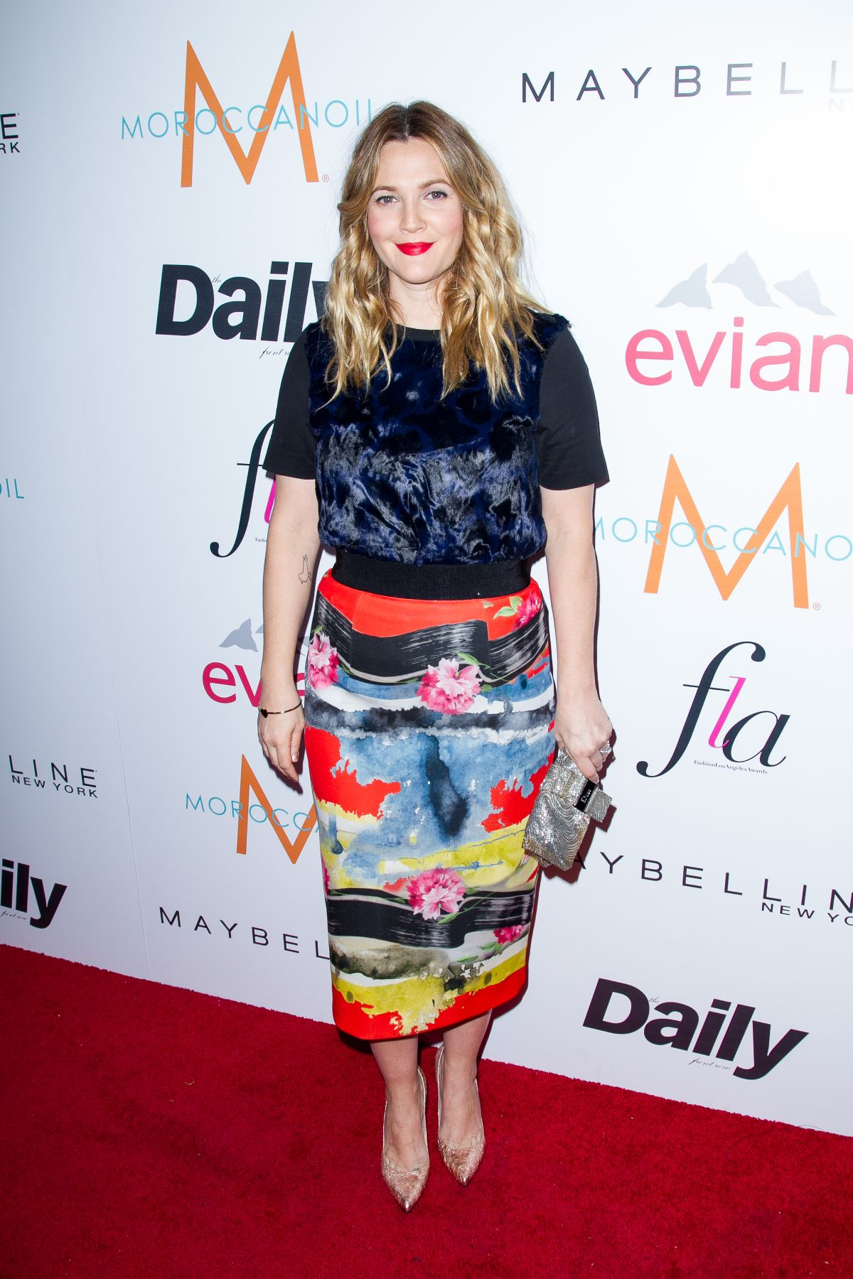 drew-barrymore-at-daily-front-row-fashion-los-angeles-awards-show_24