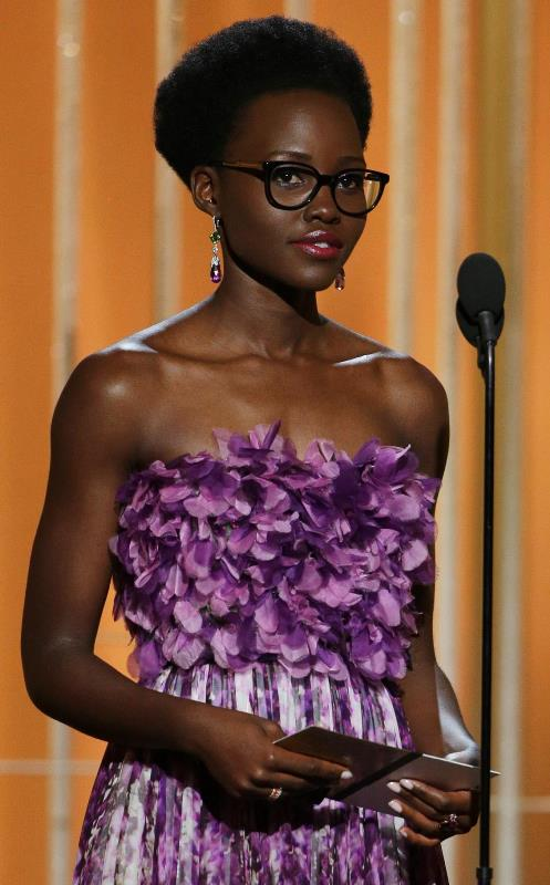 Lupita -Nyong'o- in -Giambattista -Valli- Couture -at -the- 72nd- Annual- Golden- Globe-Awards