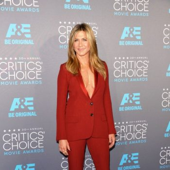 jennifer-aniston-critics-choice-movie-awards-gucci-tux