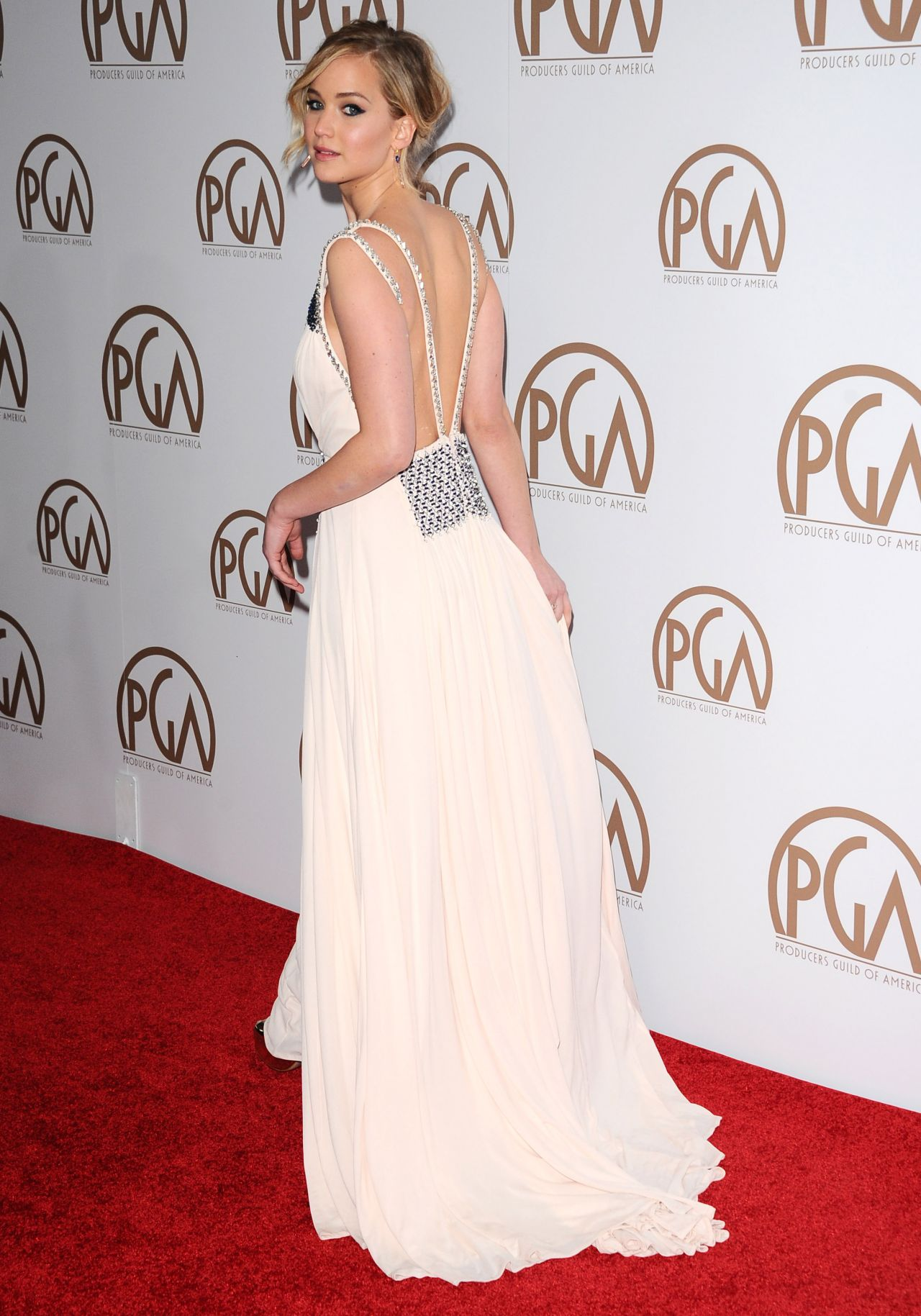 Jennifer- Lawrence- in- PRADA- at -the -2015- Producers- Guild -Awards