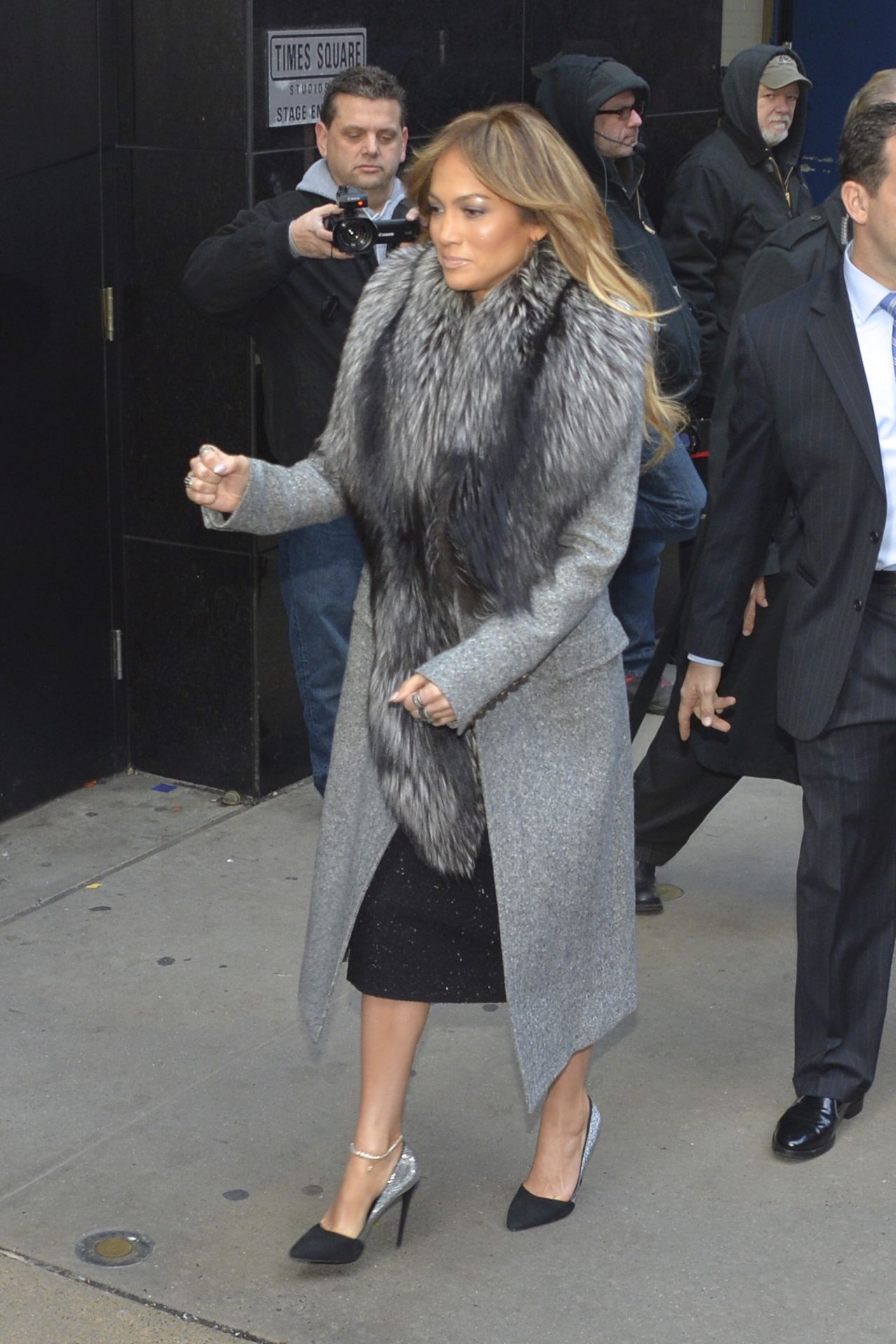 Jennifer- Lopez -in -Roberto- Cavalli - Good -Morning -America