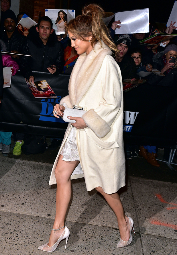 jennifer-lopez-the-daily-show-with-jon-stewart-new-york-america-january-2015