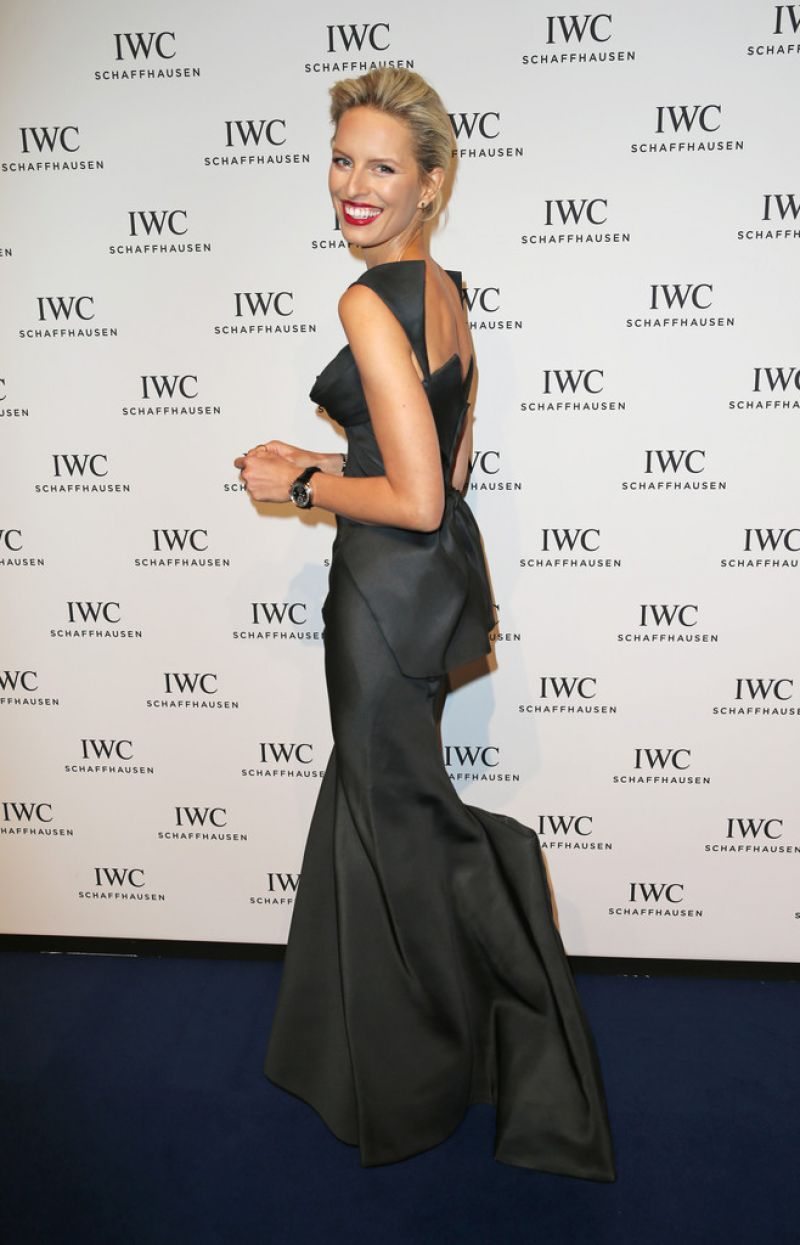 karolina-kurkova-iwc-gala-dinner-in-geneva-january-2015_5