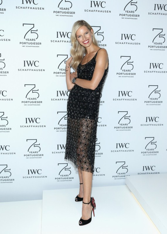 karolina-kurkova-sihh-2015-haney-dress-christian-louboutin-pumps-1