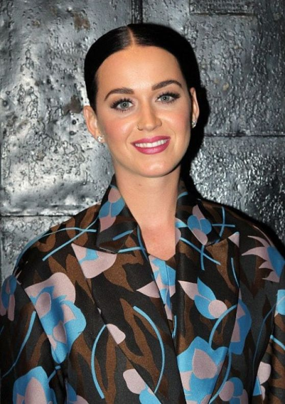 katy-perry-style-at-the-stephen-sondheim-theatre-in-new-york-city-dec.-2014_1