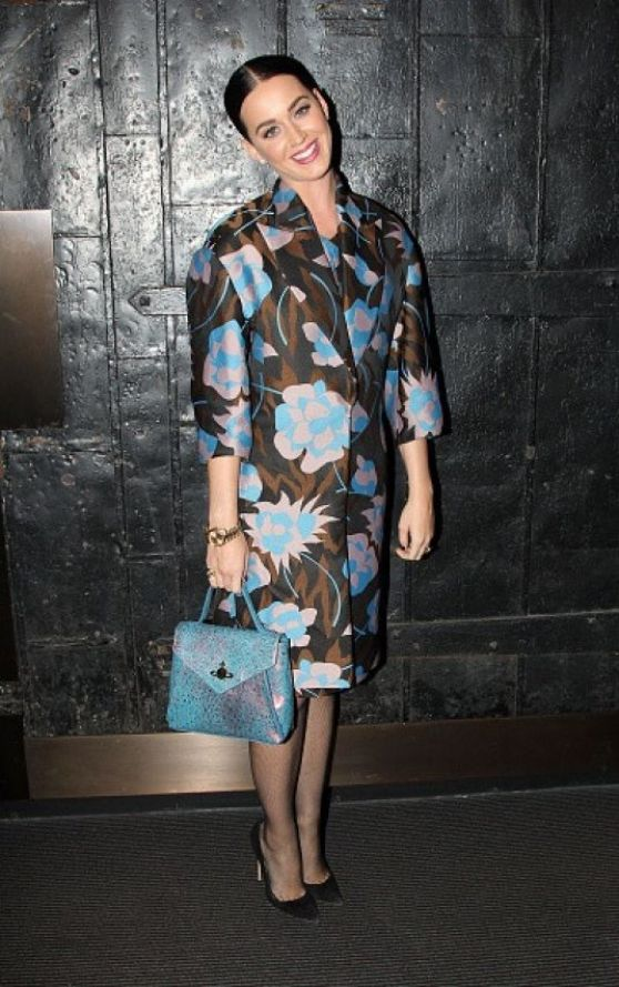 katy-perry-style-at-the-stephen-sondheim-theatre-in-new-york-city-dec.-2014_4