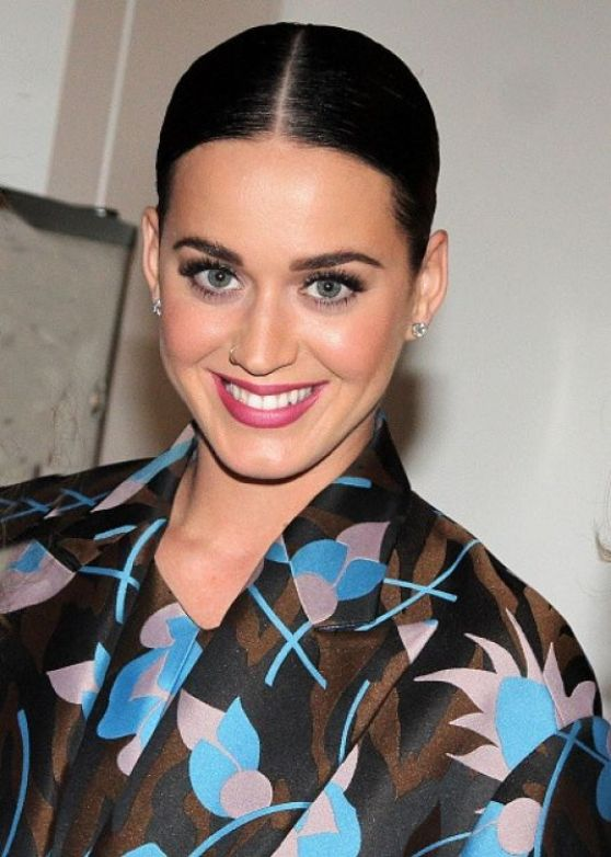 katy-perry-style-at-the-stephen-sondheim-theatre-in-new-york-city-dec.-2014_5