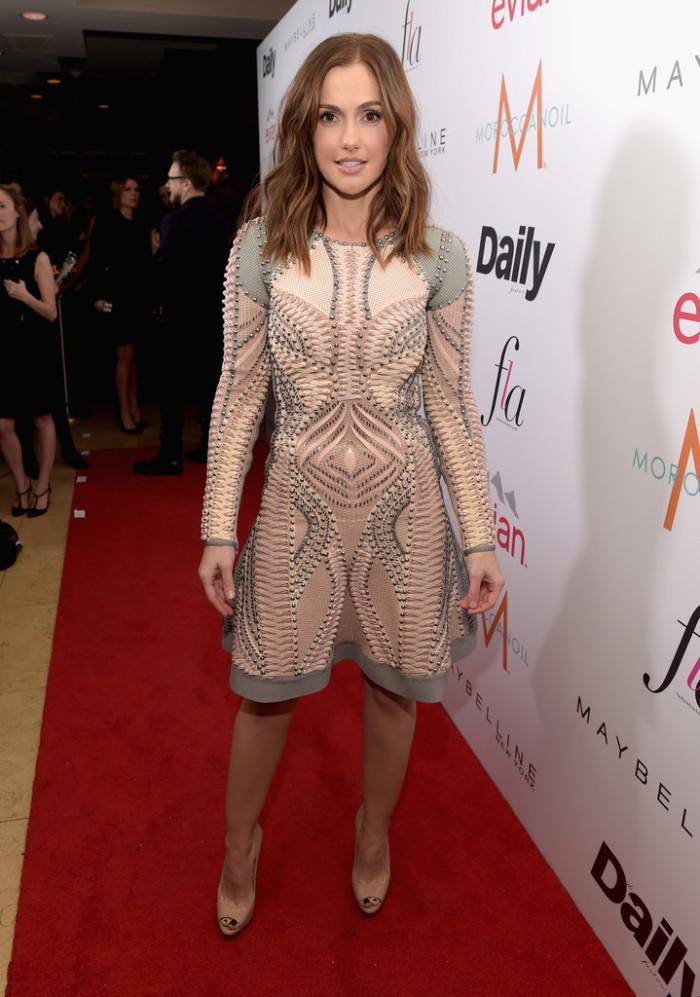 minka-kelly-DAILY-FRONT-ROW-Fashion-Los-Angeles-Awards-fJMUBdqKOkZx-700×997