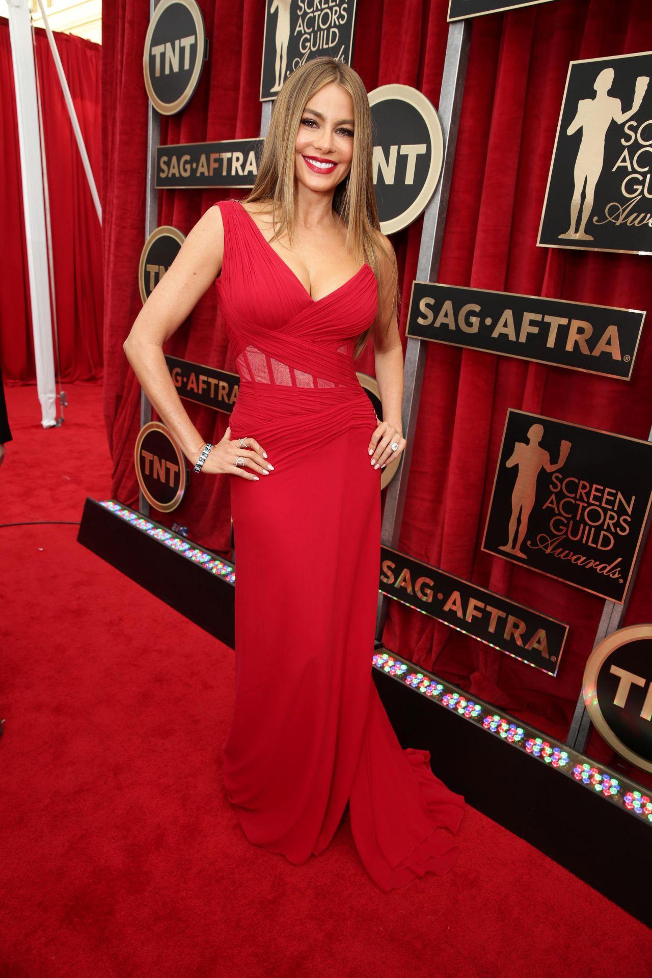 sofia-vergara-2015-sag-awards-in-los-angeles_10